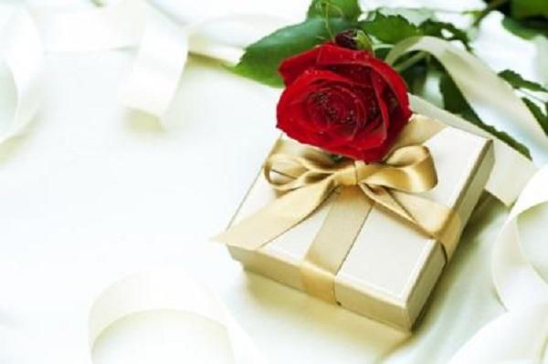 情人节能征服男生的礼物排行