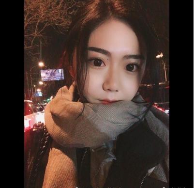 北京电影学院美女校花锡日苏伦雅