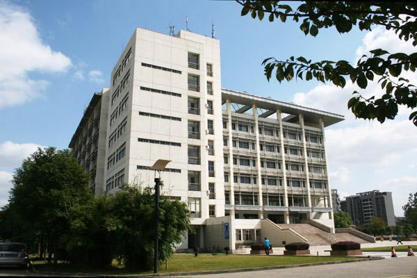 东南大学成贤学院宿舍怎么样